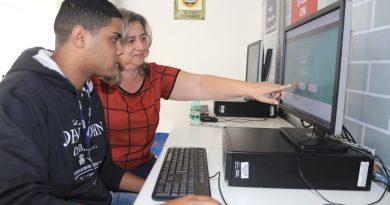 Plantão de apoio na UNIFAL-MG ajuda candidatos a fazerem inscrição no Sisu 2020/1